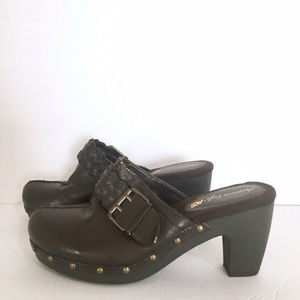 American Eagle AE Brown Studded Slip On Mule Clog